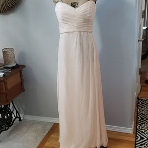 Beautiful pale pink gown 10